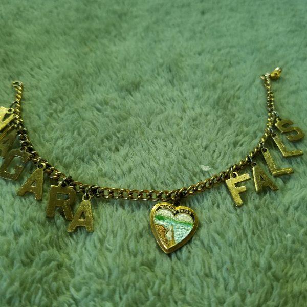 Vintage Niagara Falls Heart & Metal Letters Charm Bracelet