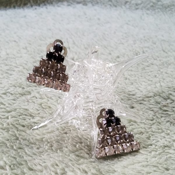 Vintage Ombre Rhinestone Triangle Clip On Earrings
