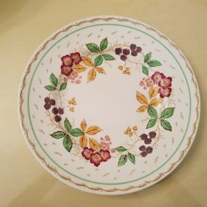 "VINTAGE ""BRAMBLE"" DINNERWARE BY WOOD'S BURSLEM ENGLAND DINNER PLATE"