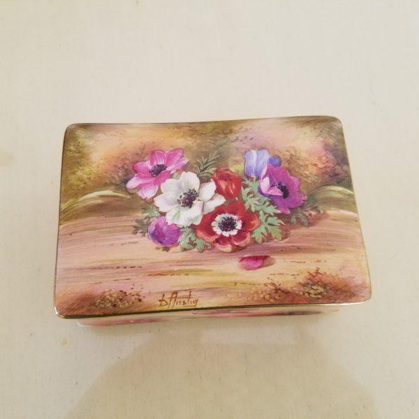royal winton grimwades england trinket box
