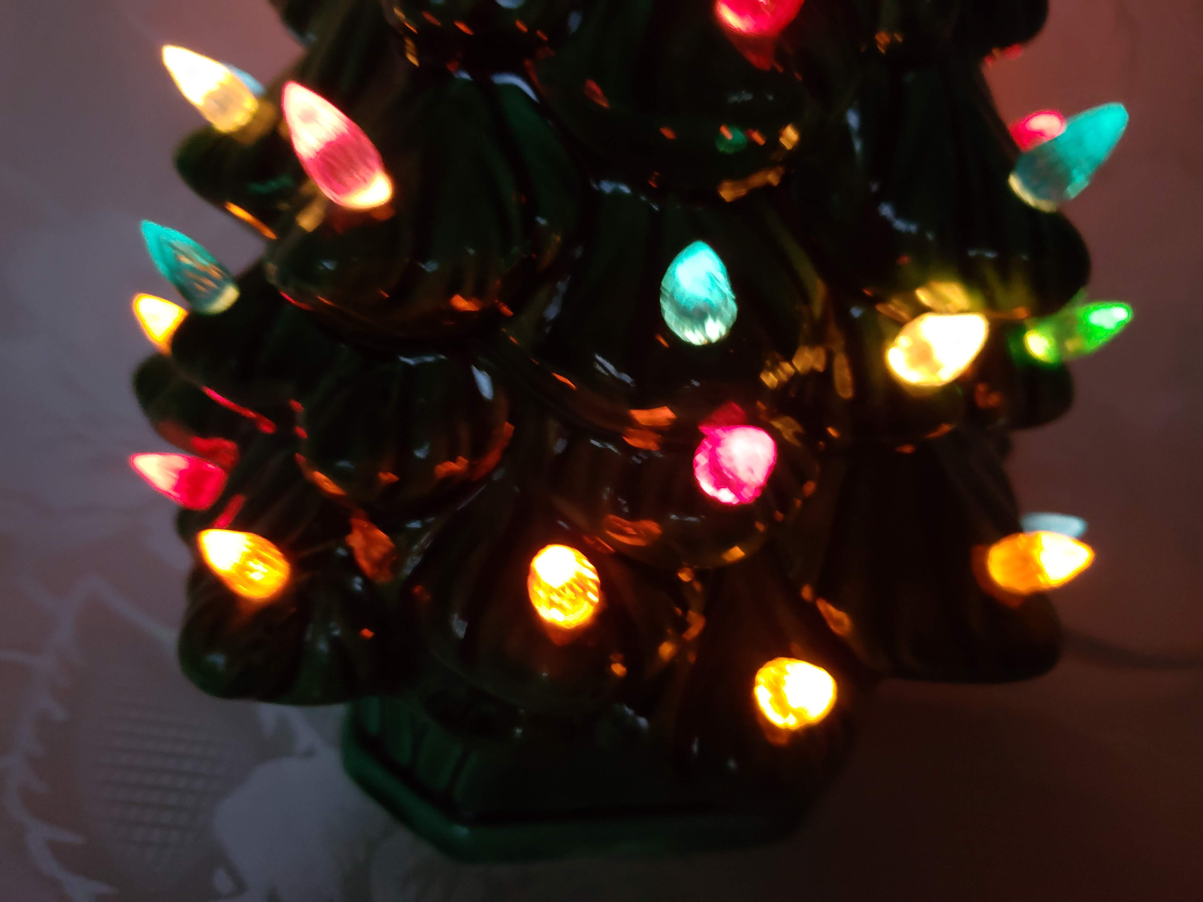 13 1 2 Quot Ceramic Light Up Vintage Christmas Tree Aunt