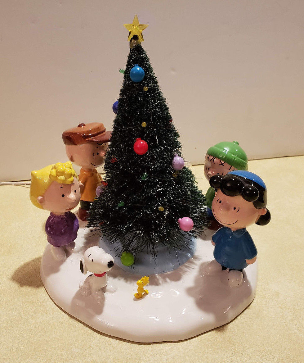 Department 56 Christmas Tree.Department 56 A Charlie Brown Christmas